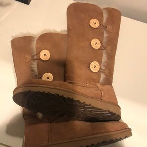 Ugg USA Size 8 boots
